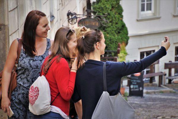 selfie-4521579_1920